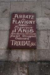 Ancienne abbatiale Saint-Pierre de Flavigny -  Flavigny sur Ozerain Maison Troubat, Bourgogne, FRANCE.