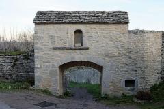 Portes de la ville - Français:   La poterne du XVe siècle à Flavigny-sur-Ozerain (Côte d\'Or, Bourgogne-Franche-Comté, France).