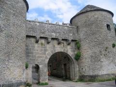 Portes de la ville -  Bourgogne Flavigny Porte Val 15072009