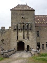 Château -  Marigny-le-Cahouët, Bourgogne, Côte-d'Or, Le château de Marigny-le-Cahouët: la porterie