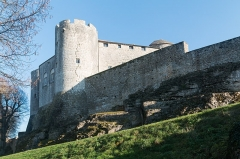 Château -  Keep of the castle of Mont-Saint-Jean, Côte-d'Or saw from the door of the walled enclosure