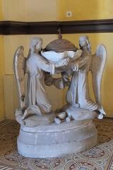 Eglise - Deutsch: Katholische Pfarrkirche Saint-Philippe-et-Saint-Jacques in Pommard im Département Côte-d'Or (Bourgogne-Franche-Comté/Frankreich), Taufbecken