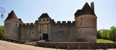 Château - Deutsch: Schloss Posanges in Burgund, Nordwest-Ansicht