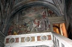 Ancienne abbaye de Cîteaux - Italiano: Abbazia di Chiaravalle a Milano. Il transetto destro, affrescato dai Fiammenghini con La fondazione di Citeaux. Foto di Giovanni Dall'Orto, 31 ottobre 2009.
