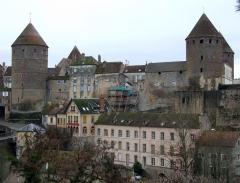 Château - English: Semur-en-Auxois,  Burgundy, FRANCE