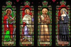Eglise Saint-Germain d'Auxerre - Vitraux de Saint Jean, Saint Benigne, Saint Bernard et Sainte Jeanne de Chantal dans l'église de Vitteaux