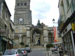 Eglise priorale Sainte-Croix - Abbatiale Notre-Dame ou Eglise priorale Sainte-Croix. La Charité sur Loire