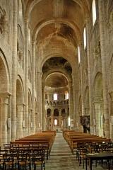 Eglise Saint-Etienne - Deutsch: St.-Etienne Nevers, Mittelschiff
