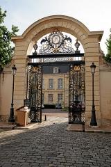 Evêché - Deutsch:   Nevers: Palais de Justice