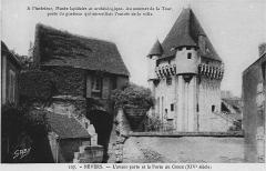 Porte du Croux - Nederlands: Een oude briefkaart met de poort en voorpoort.