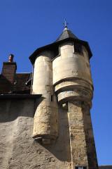 Immeuble - Deutsch: Nevers, Altstadt, Pfefferbüchse