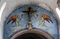 Eglise Saint-Pierre - English:  Fresco painted on the filled of the enhancementthe nave.