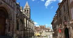 Fontaine Saint-Lazare -  Autun (71)