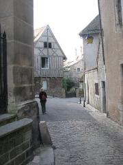 Maison à colombages - Deutsch: Straße in der Altstadt
