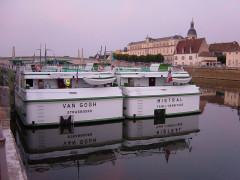 Hôpital -  Tourisme fluvial