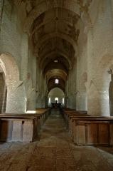 Eglise Saint-Martin - English: Interior of Saint Martin de Chapaize church