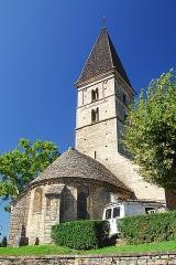 Eglise - Deutsch: St-Basrthélémy,Farges, Chorhaupt und Turm von NO