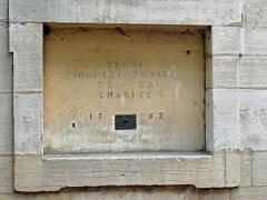 Hospice de la Charité -   Hospice de la Charité (1752-1761).  Fondé par Saint-Vincent de Paul en 1621 et reconstruit par Soufflot au 18ème siècle.  Founded by Saint-Vincent de Paul in 1621, rebuilt by Soufflot in the 18th century.