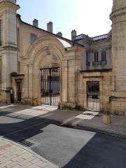 Hôtel Senecé - Deutsch:   Hôtel de Senecé, Mâcon Département Saône-et-Loire, (France )