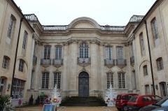 Hôtel Senecé - Français:   Hôtel Senecé à Mâcon.
