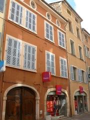 Maison - Français:   Mâcon - Rue Carnot - Maison 51-59 rue Carnot