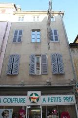 Maison - Français:   Maison au 30 rue Philibert Laguiche à Mâcon.