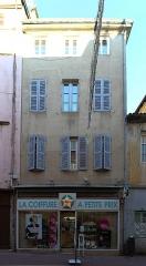 Maison - Français:   Maison, 30 rue Philibert-Laguiche, Mâcon.
