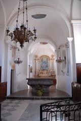 Eglise Saint-Pierre Saint-Paul - Deutsch: Sts-Pierre-et-Paul de Montceaux-l'Étoile, Aus Vorjoch zum Chor