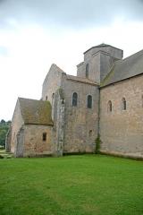 Eglise Saint-Pierre et Saint-Benoît - Deutsch: Abteikirche, nordwestl. Querhausarm von W