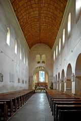 Eglise Saint-Pierre et Saint-Benoît - Deutsch: Prioratskirche, Hauptschiff zum Chor