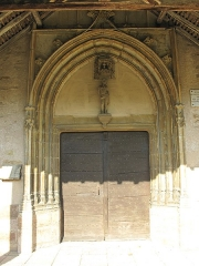 Eglise - English: Entrance of the church Notre-Dame in Préty (Saône-et-Loire, France).