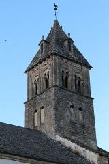Eglise et tombeau de Lamartine - Français:   Église Saint-Donat de Saint-Point.