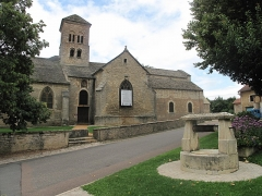 Eglise Saint-Julien - English: The church of Saint-Julien in Sennecey-le-Grand, Saône-et-Loire, France