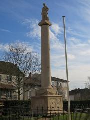 Monument aux morts - English: War memorial of Tournus (Saône-et-Loire, France).
