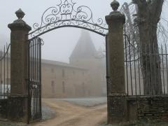 Domaine du château de Layé et du Vieux-Château -  château de Layé - Vinzelles (Saône-et-Loire)