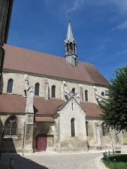 Eglise Saint-Martin - English: Collégiale Saint-Martin in Chablis, (Yonne, France).