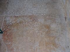 Prieuré de Vausse -  Châtel-Gérard (Yonne) - Prieuré de Vausse: pierre tombale d'Anséric de Montréal