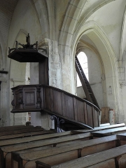Eglise Saint-Loup - Chaire de l'église Saint-Loup à Courlon-sur-Yonne (89).