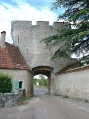 Porte de ville -  Château-fort de Druyes-les-belles-Fontaines, Yonne) - la porte du bourg