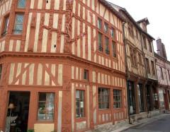 Maison dite L'Arbre de Jessé - English: Joigny, Yonne, Burgundy, FRANCE