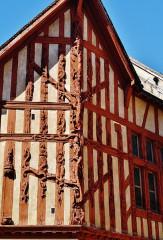 Maison dite L'Arbre de Jessé - Deutsch: Haus mit dem Baum Jesse, Joigny, Département Yonne, Region Burgund (heute Burgund-Franche-Comté), Frankreich