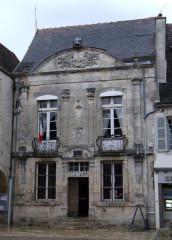 Hôtel de ville - English: Townhall, Noyers-sur-Serein, Yonne, Burgundy FRANCE