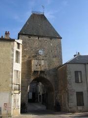 Porte de Ville -  Noyers-sur-Serein, Yonne, Bourgogne, France.