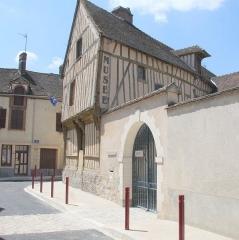 Maison à pans de bois - English: musée municipal du patrimoine