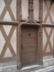 Maison dite d'Abraham -  Maison d'Abraham: 16th century house in Sens (Yonne -France). The wooden door