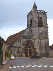 Eglise Saint-Julien - Français:   Thury (Yonne) - l\'église.