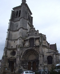 Eglise Notre-Dame - English: Tonnerre,  Burgundy, FRANCE