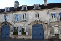 Maison - Français:   Maisons, 4 et 6 rue du Pont, Tonnerre.