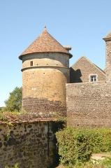 Château de Ratilly - Deutsch: Chateau-de-Ratilly, Südwetturm von S