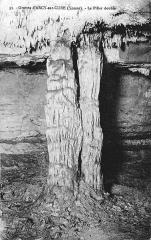 Grottes préhistoriques -  Grande grotte, site d'Arcy-sur-Cure, Yonne, Bourgogne, France